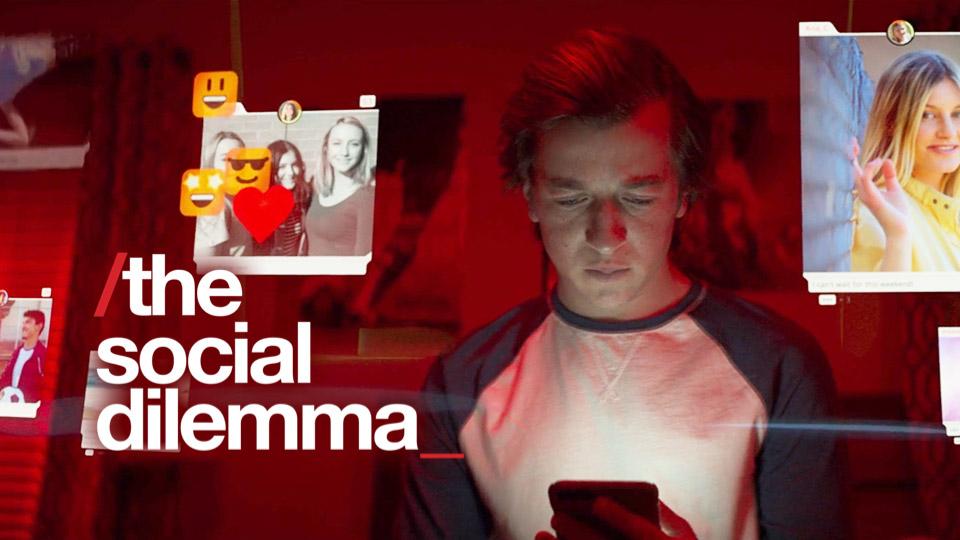 مستند social dilemma